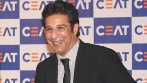 Wasim-Akram-at-the-CEAT-Cricket-Rating-awardsin-New-Delhi